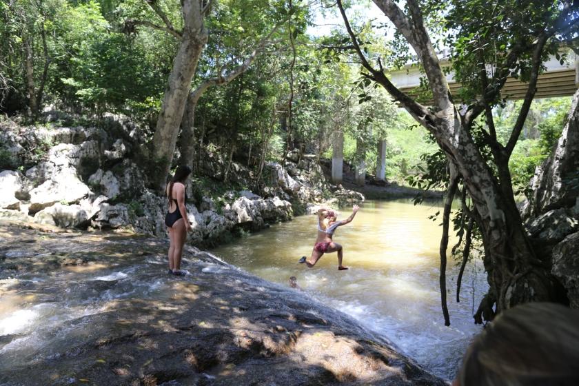 jumpingwaterfall