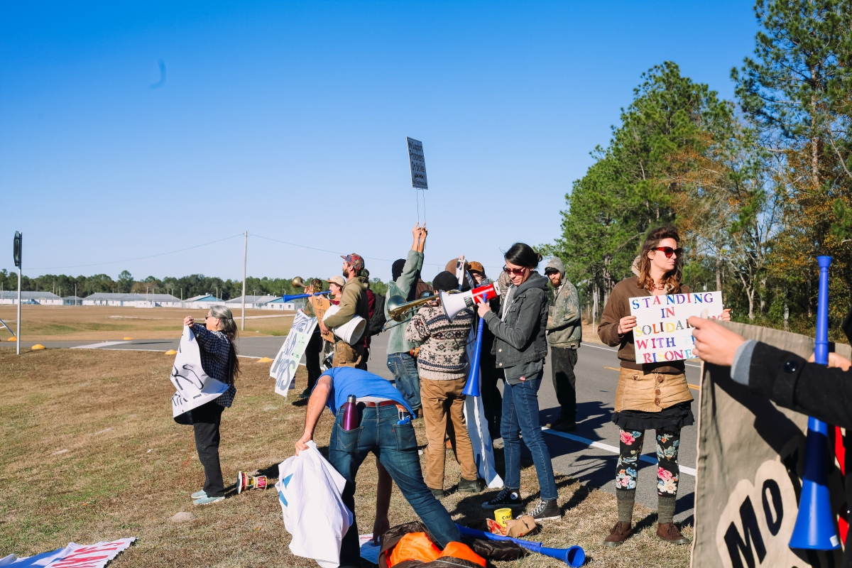 North Florida protesters gather to show solidarity with striking prisoners